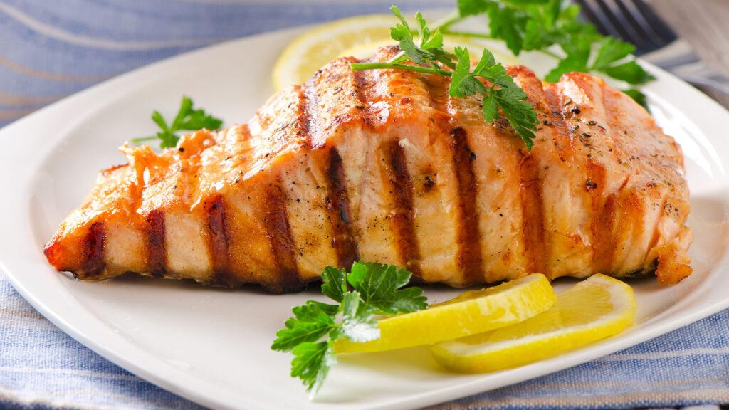 Несколько особенностей по общению с рыбой на кухне